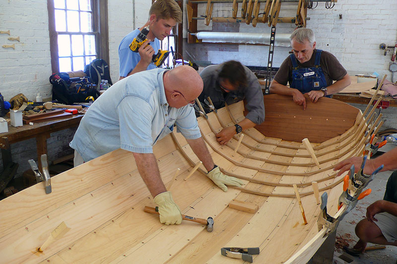How to choose the best boatbuilding course.